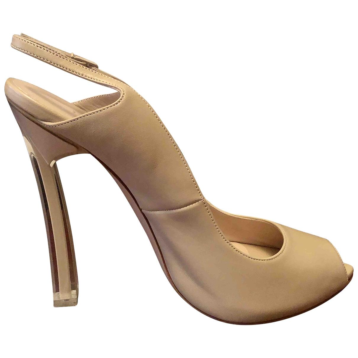 Casadei - Escarpins   pour femme en cuir - beige