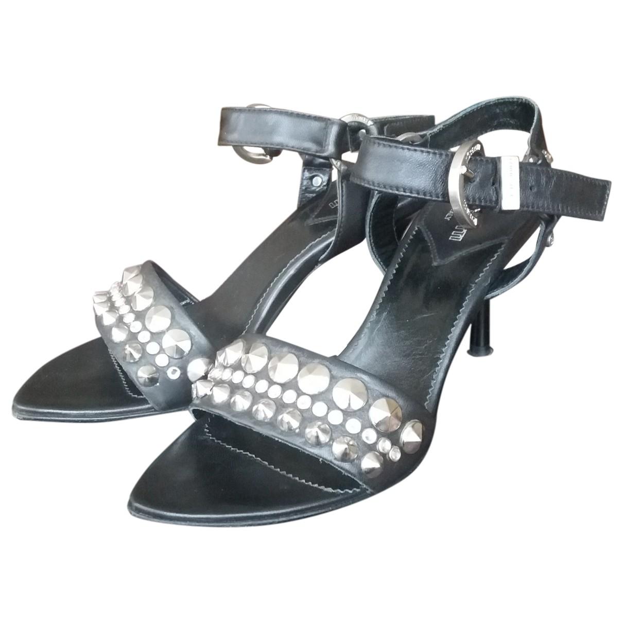 Cerruti \N Black Leather Sandals for Women 36 EU