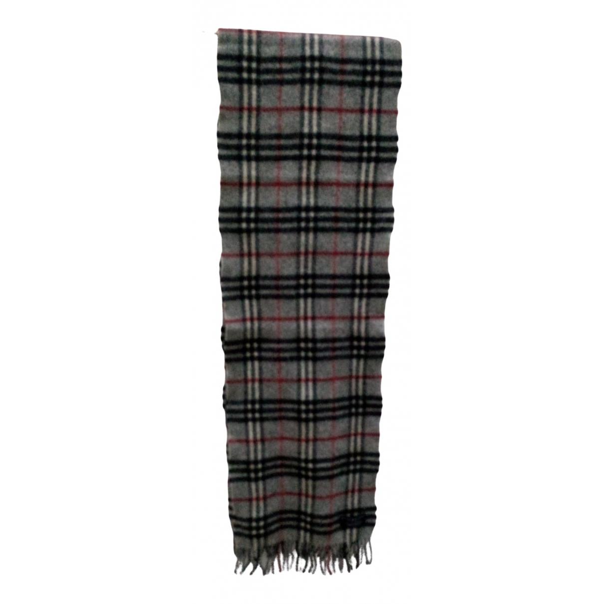 Burberry N Grey Wool scarf for Women N