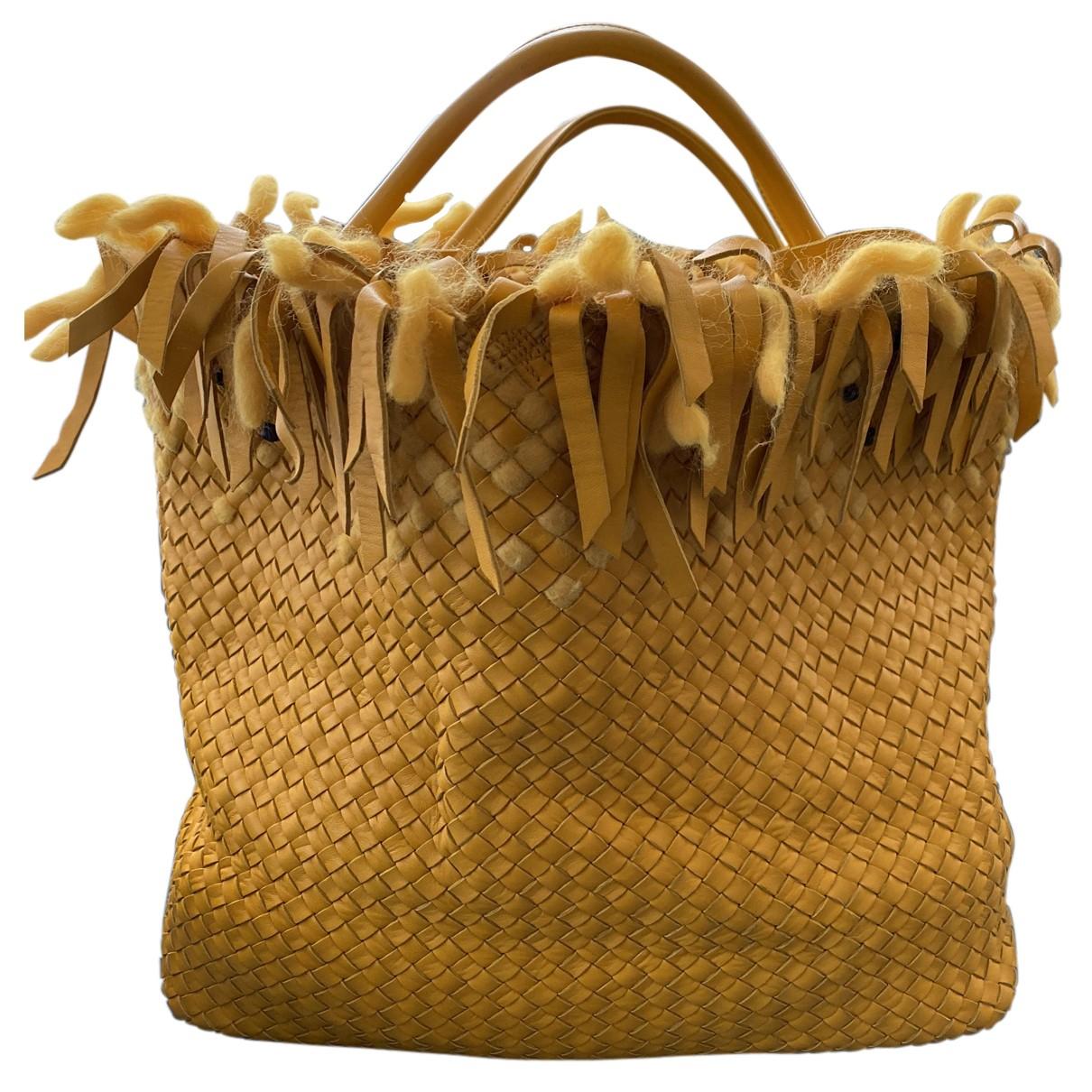 Bottega Veneta - Sac a main   pour femme en cuir - jaune