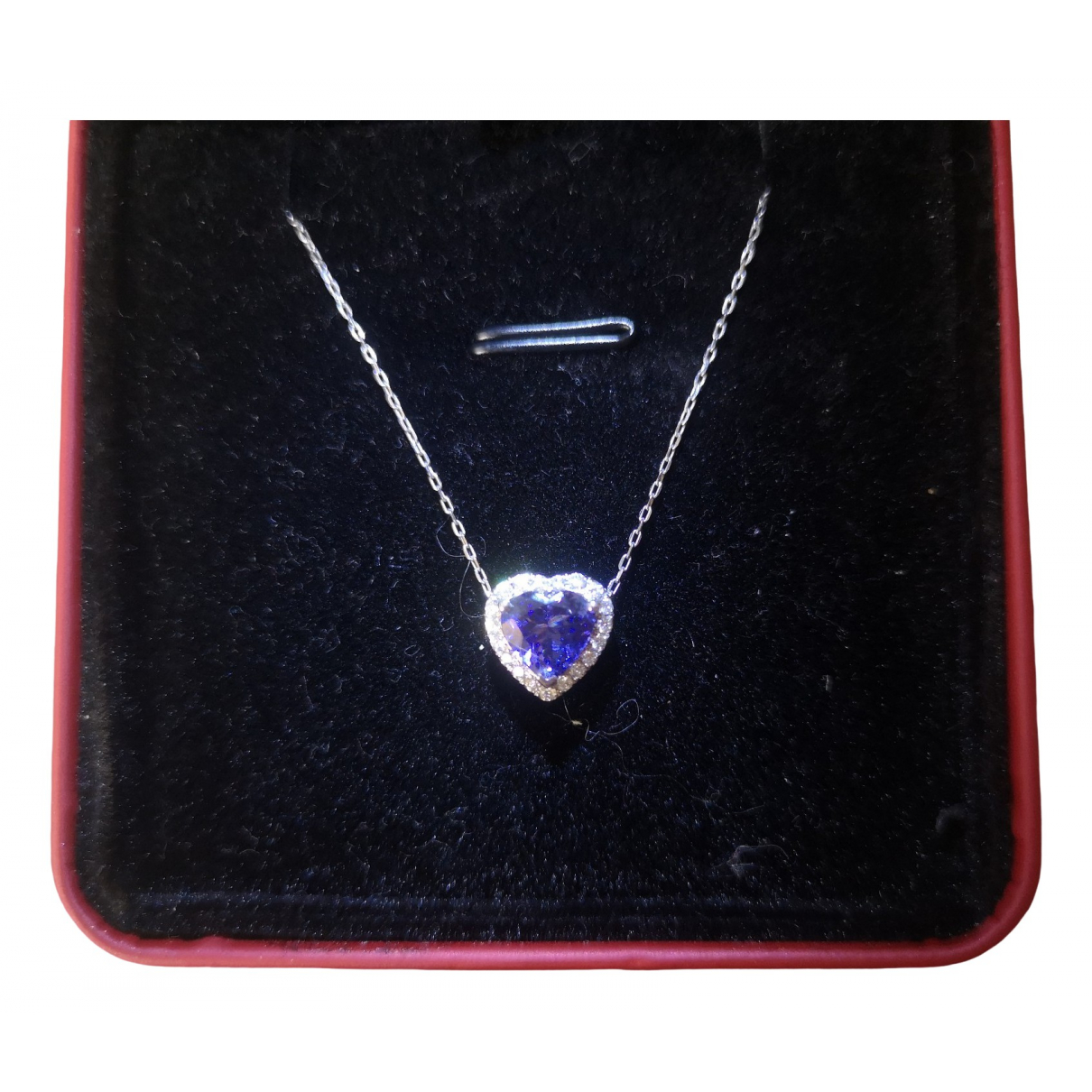 Non Signé / Unsigned \N Blue White gold pendant for Women \N