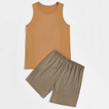 Men Solid Tank Top & Shorts