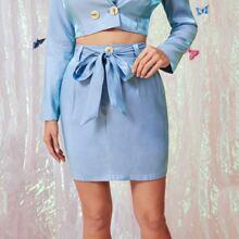 Falda sedosa con cinturon de cintura alta