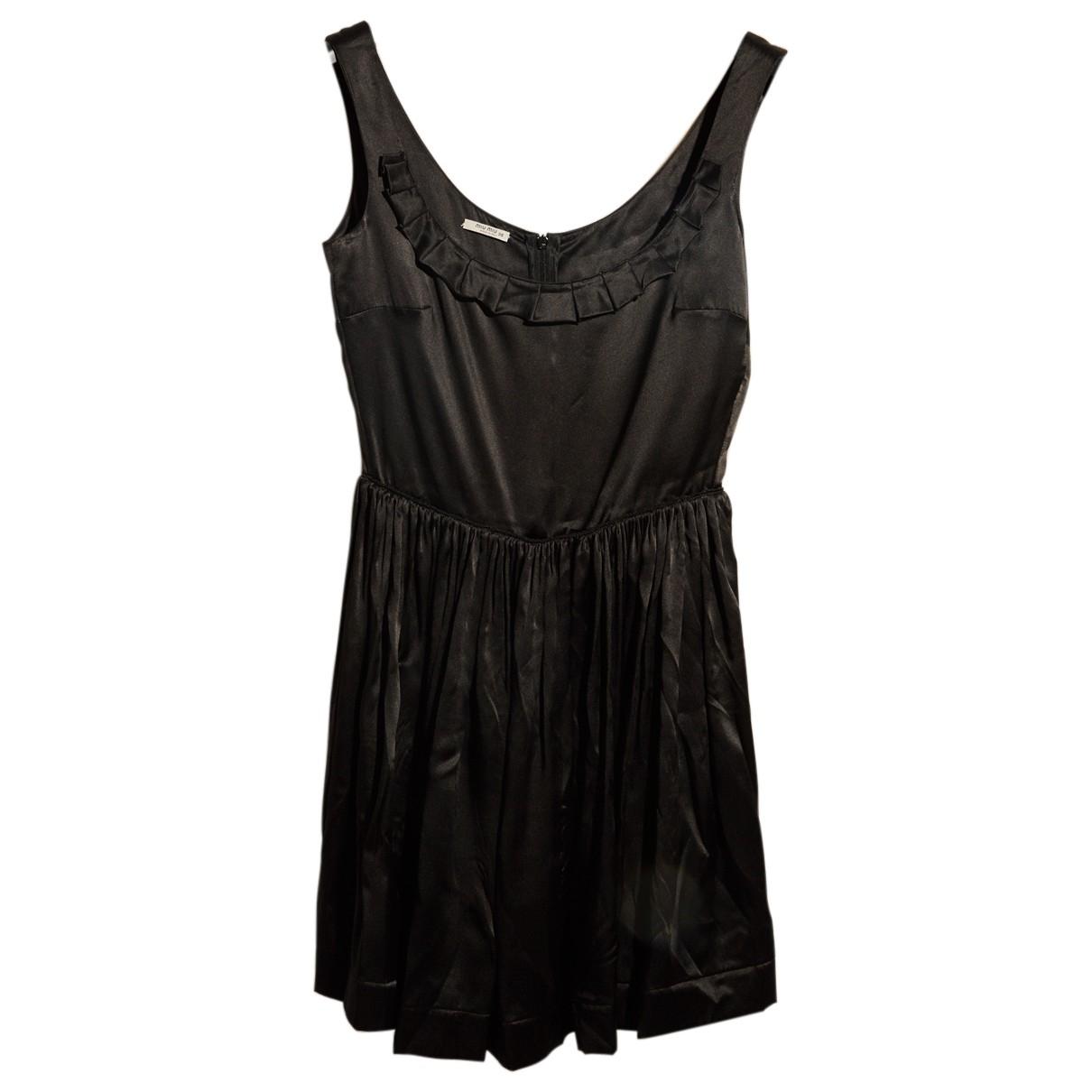 Miu Miu \N Kleid in  Schwarz Seide