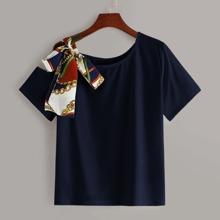 Plus Chain Print Tie Shoulder Asymmetrical Neck Tee