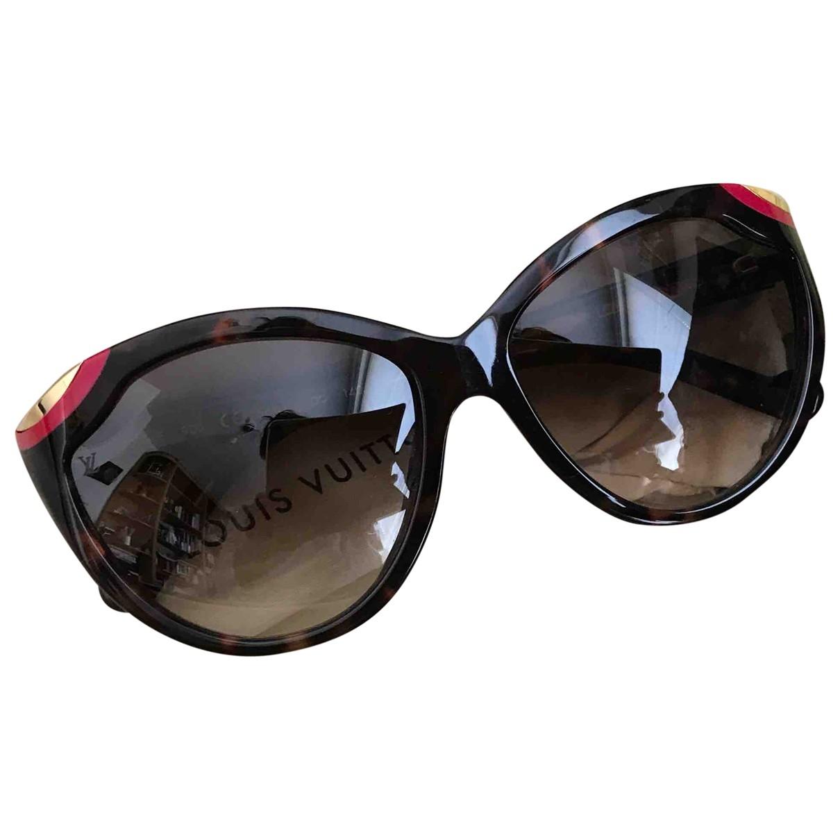 Louis Vuitton \N Sonnenbrillen in  Braun Kunststoff