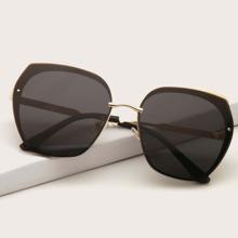 Geometric Shaped Sunglasses