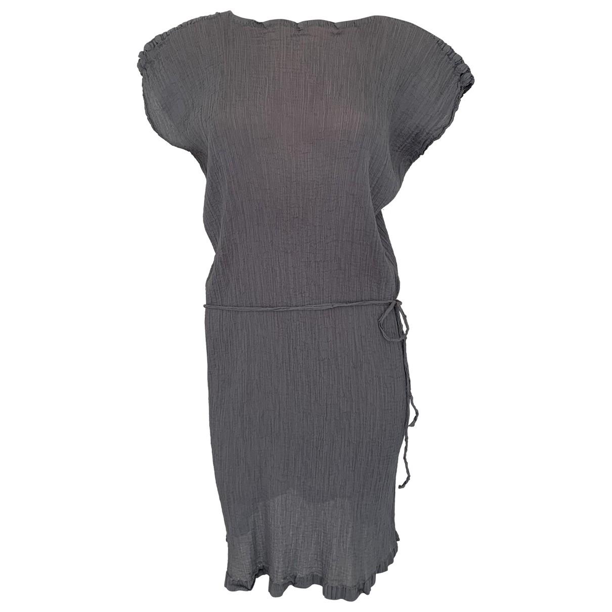 Issey Miyake \N Kleid in  Grau Polyester