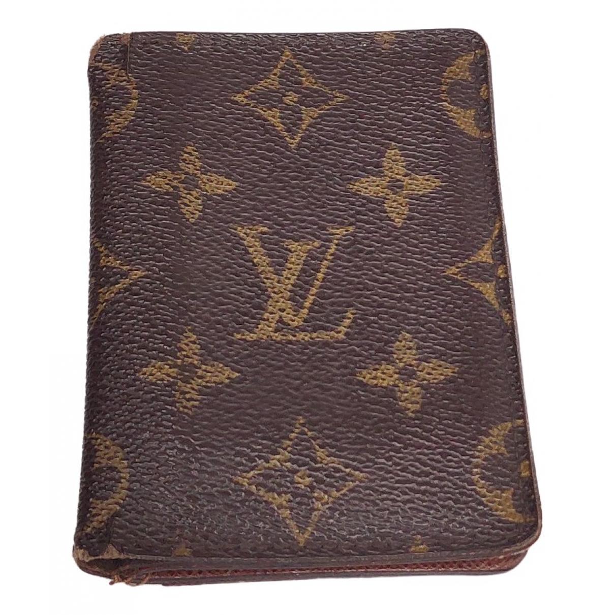 Louis Vuitton Couverture Passeport Kleinlederwaren in  Braun Leinen