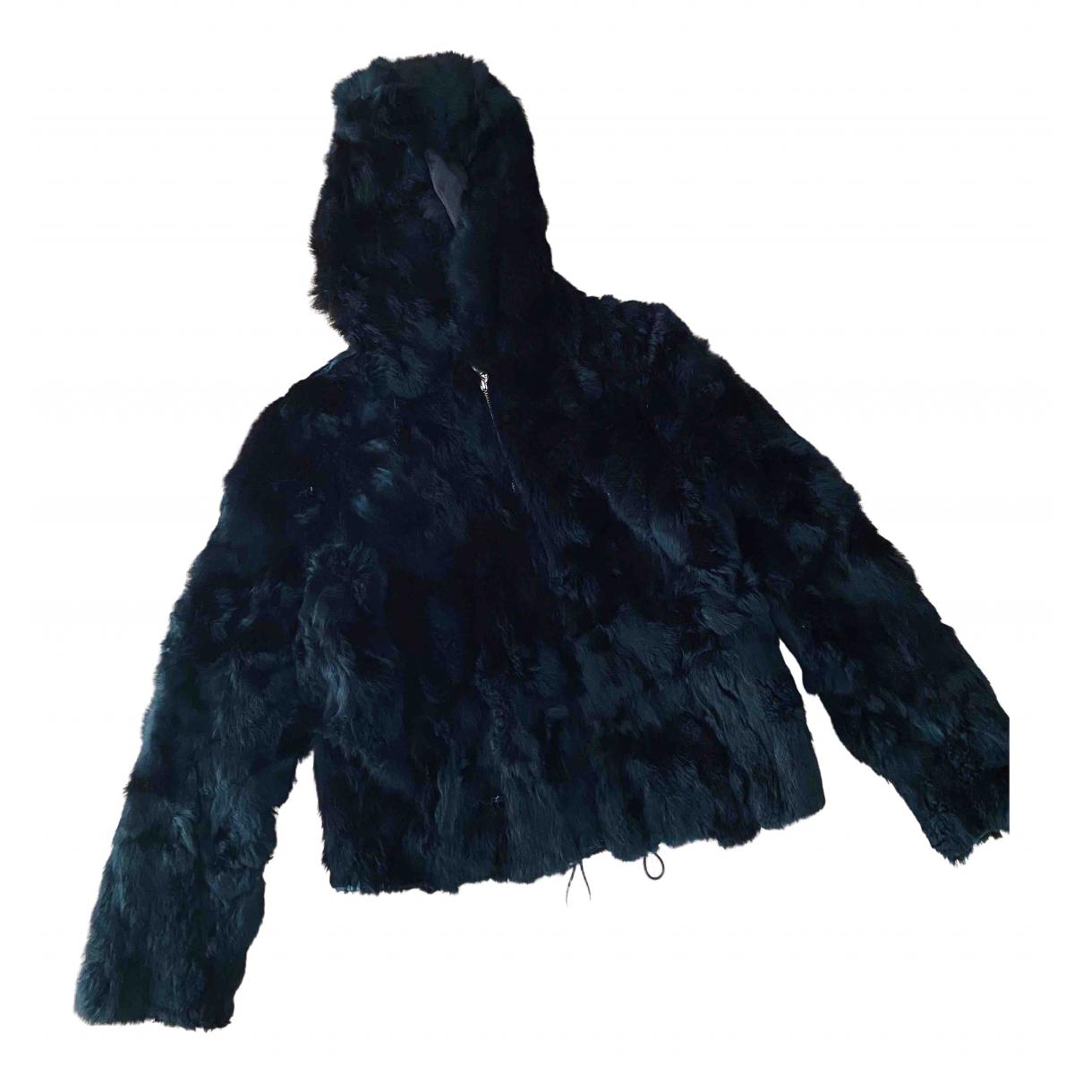 Non Signé / Unsigned \N Black Rabbit coat for Women 36 FR