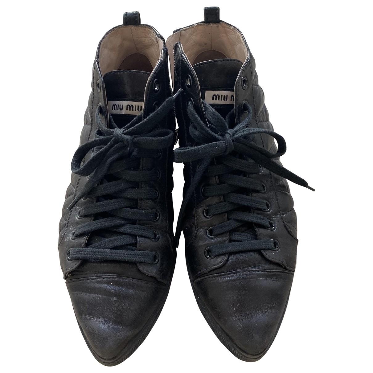 Miu Miu - Baskets   pour femme en cuir - noir