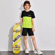 Boys Letter Graphic Two Tone Top & Striped Tape Side Shorts Set