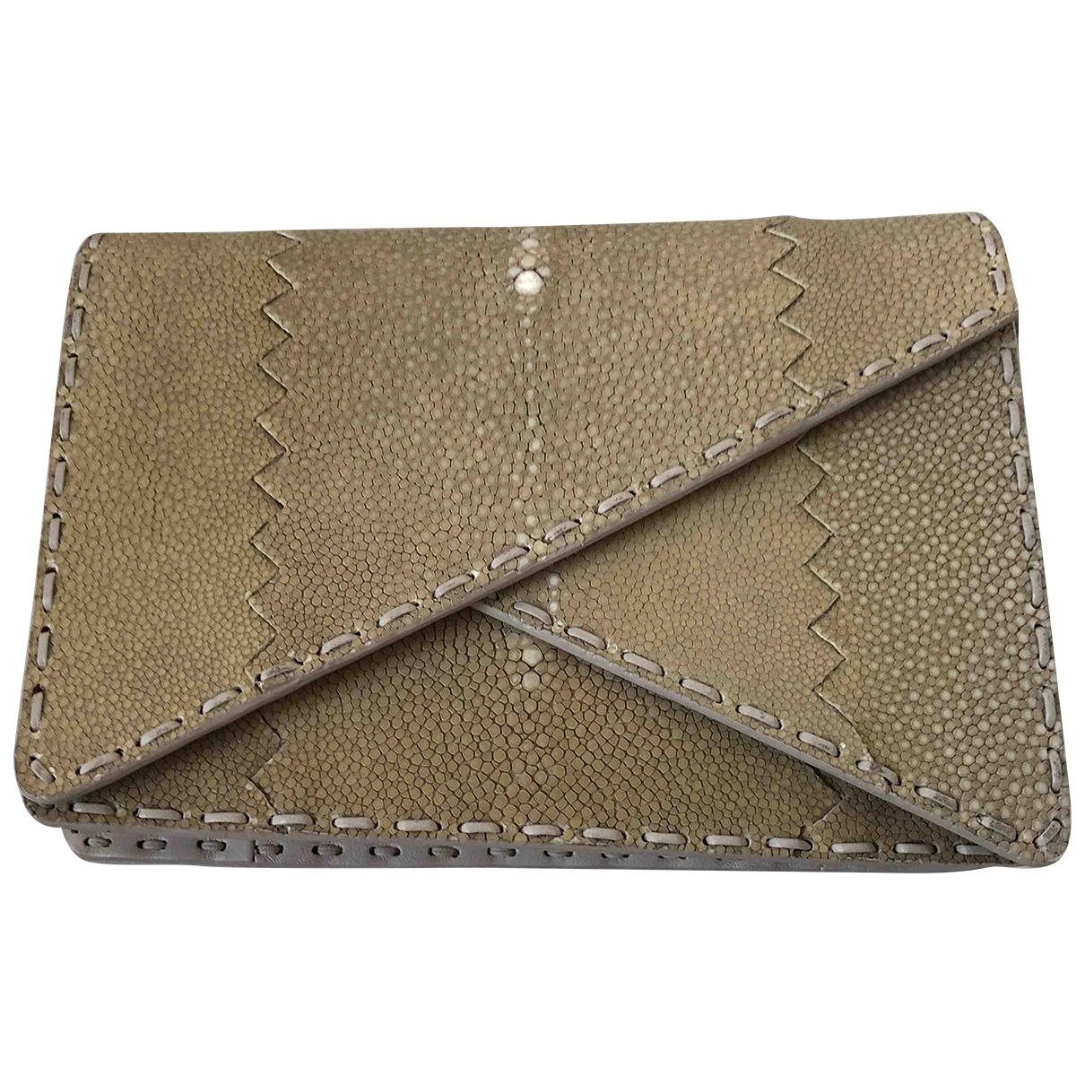 Bottega Veneta \N Beige Stingray Clutch bag for Women \N