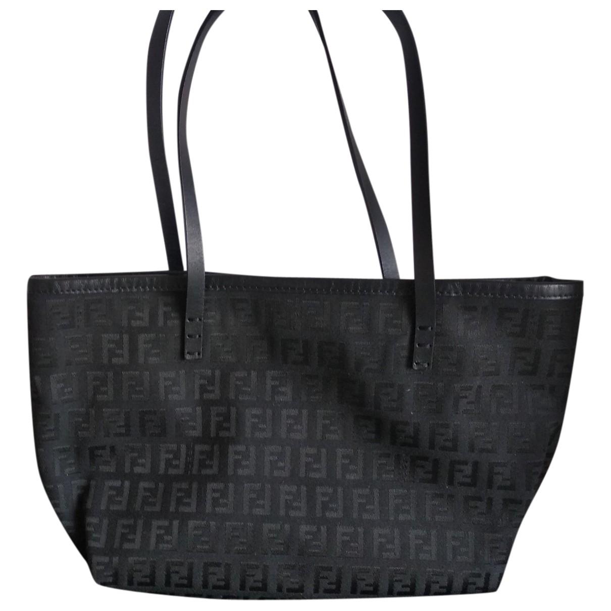 Fendi Roll Bag  Handtasche in  Schwarz Leinen
