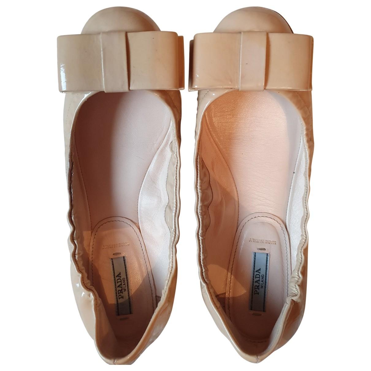 Prada \N Beige Leather Ballet flats for Women 38 EU
