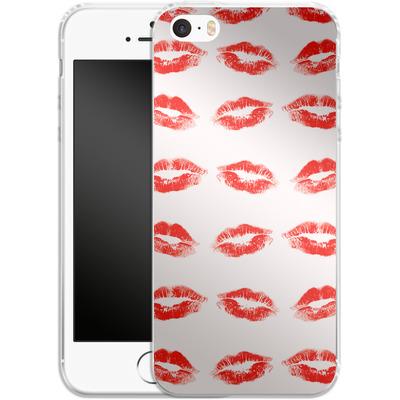 Apple iPhone 5 Silikon Handyhuelle - Kiss Kiss von caseable Designs