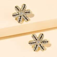 Rhinestone Flower Shaped Stud Earrings