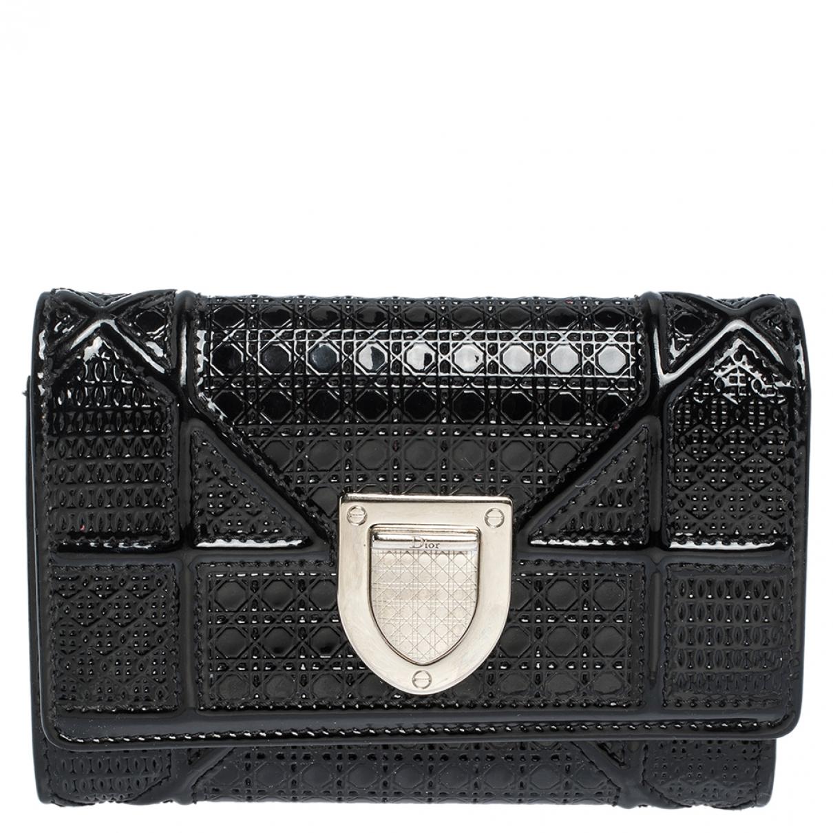 Dior - Portefeuille Diorissimo pour femme en cuir verni - noir