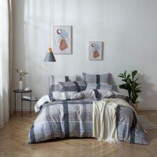 Bettwaesche Set mit Streifen Muster ohne Fuellstoff