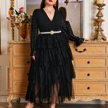 Maxi Kleid mit V-Ausschnitt, Schosschenaermeln, mehrschichtigem Netzstoffsaum ohne Guertel