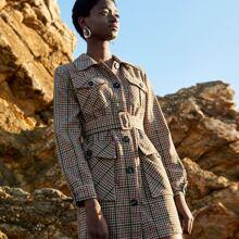 Mantel mit Taschen Klappen, einreihiger Knopfleiste, Hahnentritt Muster und Guertel