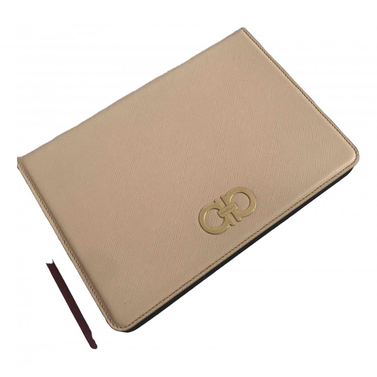 Salvatore Ferragamo - Accessoires   pour lifestyle en cuir - beige