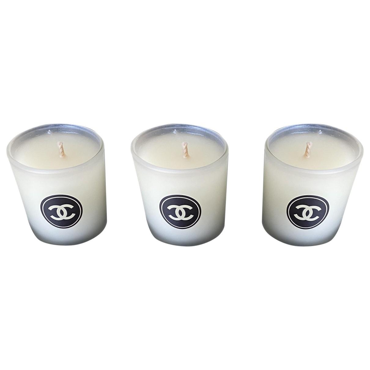 Chanel \N Accessoires und Dekoration in  Ecru Glas