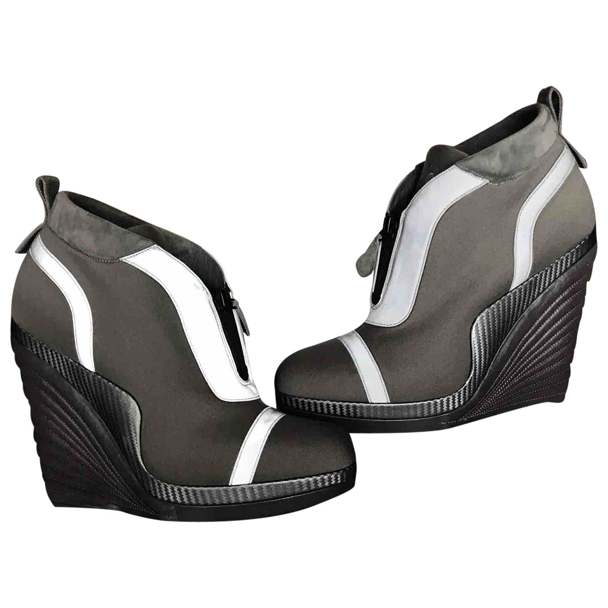 Yves Saint Laurent - Boots   pour femme en toile - gris