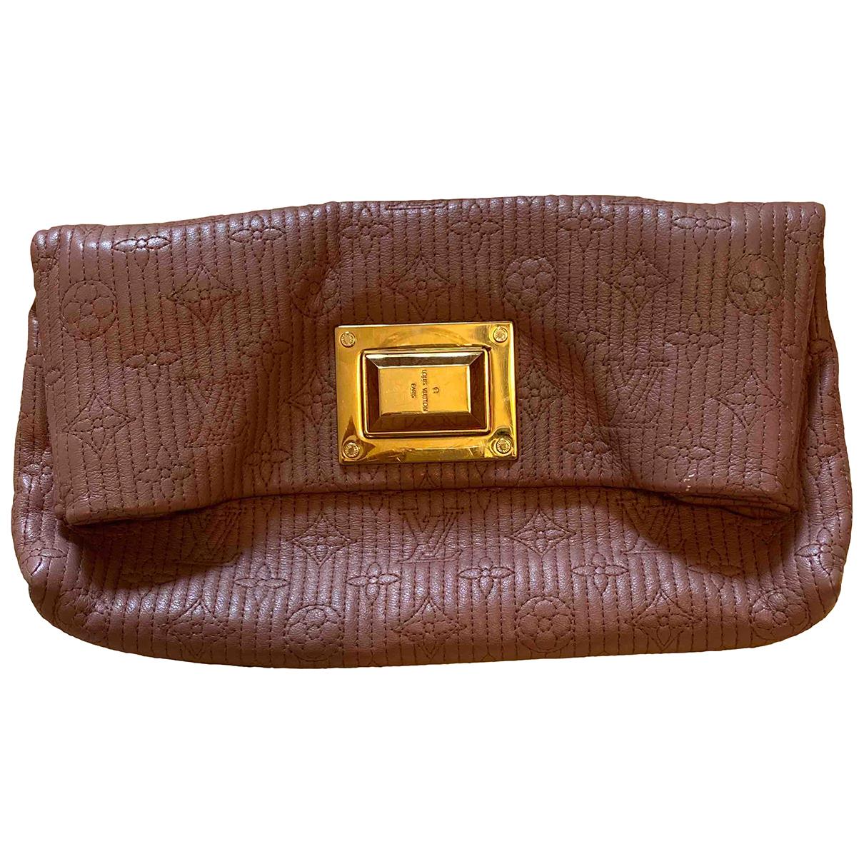 Louis Vuitton Altaïr Pink Leather Clutch bag for Women N