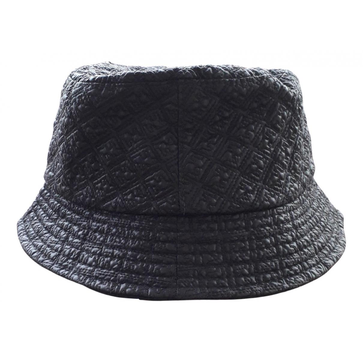 Fendi - Chapeau   pour femme - noir