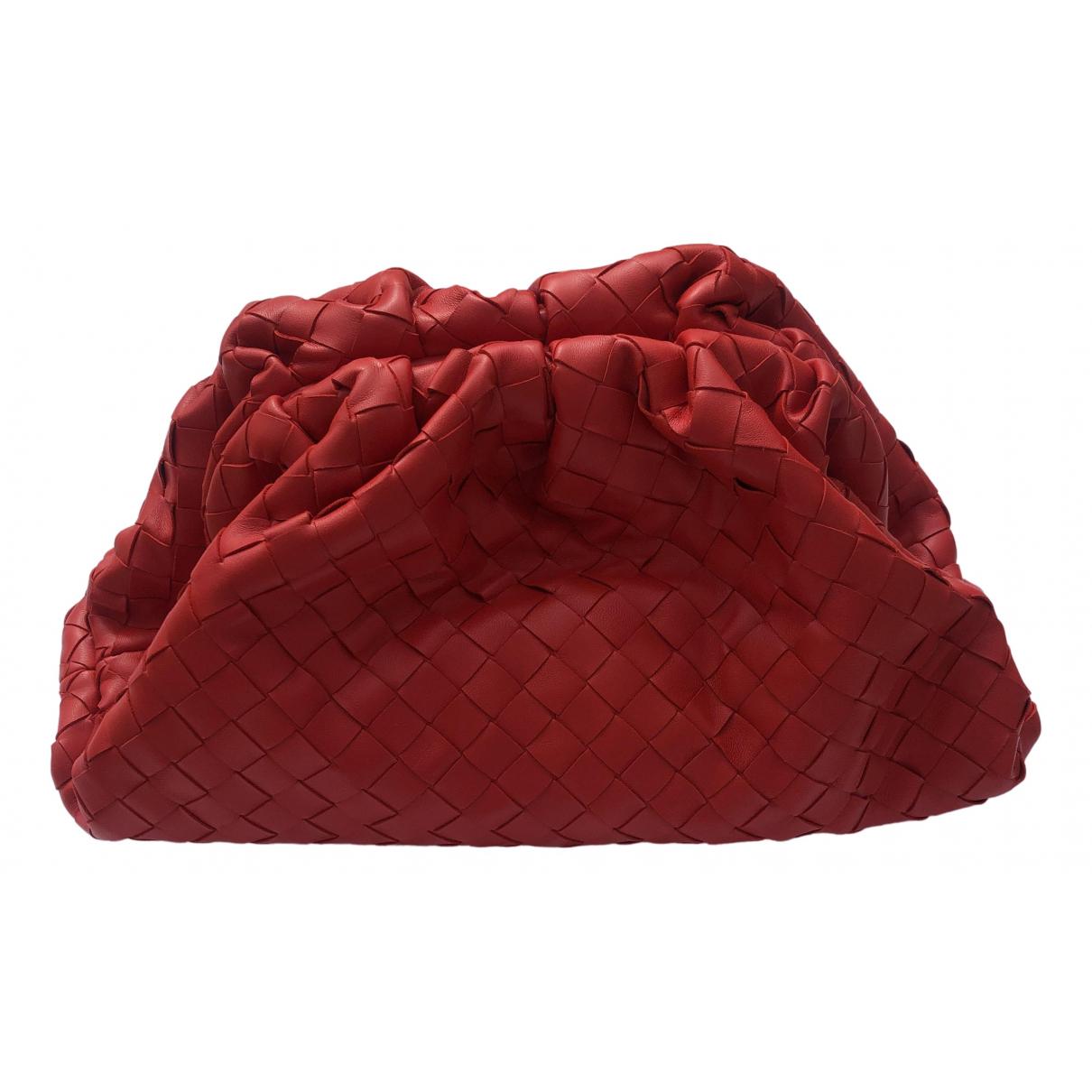 Bottega Veneta Pouch Clutch in  Rot Leder