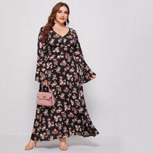 Kleid mit Schosschenaermeln und Blumen Muster