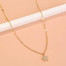 Halskette mit Strass und Stern Anhaenger
