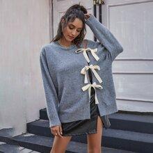 Pullover mit Schleife vorn, Ausschnitt und sehr tief angesetzter Schulterpartie