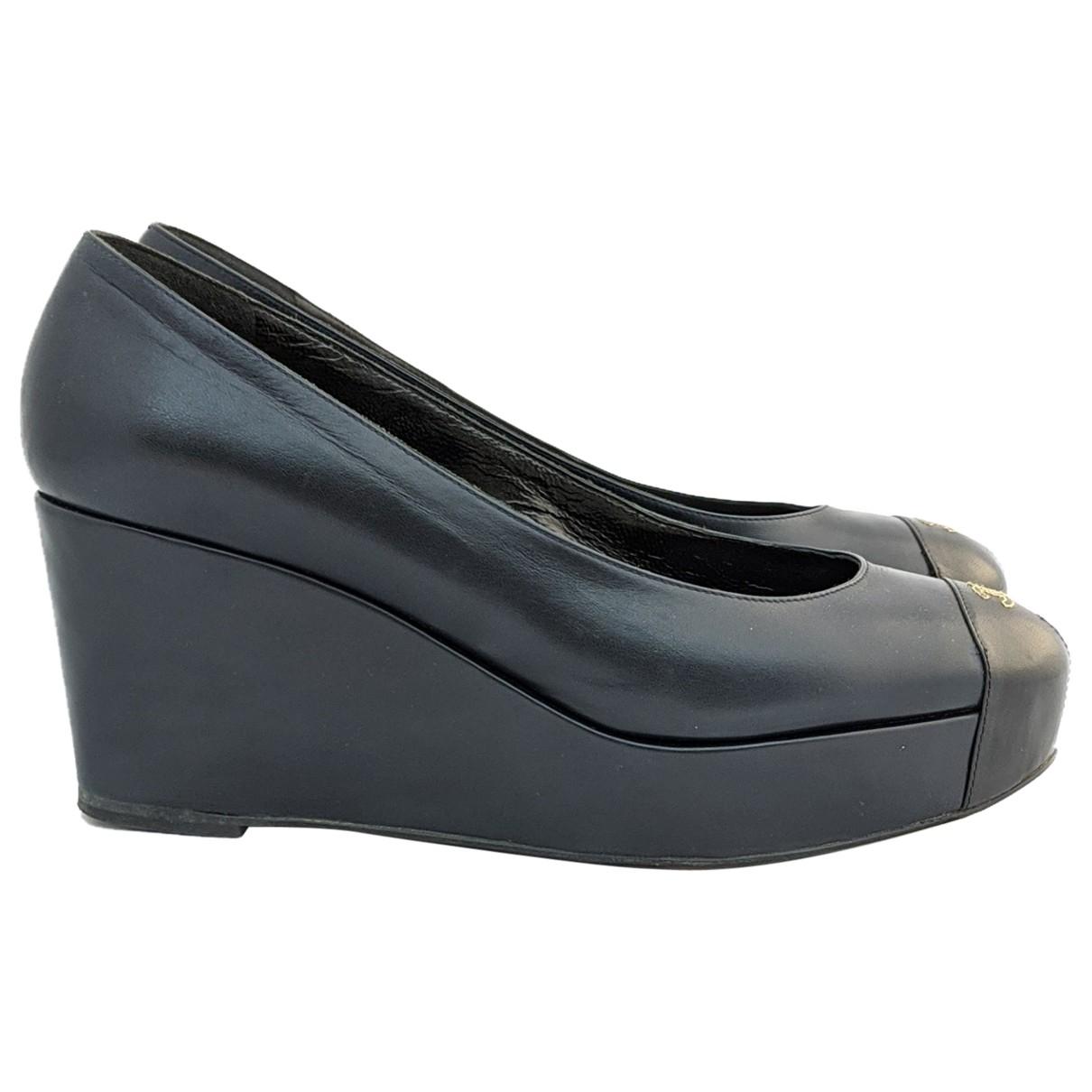 Chanel \N Navy Leather Heels for Women 38.5 EU