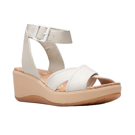 Clarks Womens Step Cali Coast Wedge Sandals, 6 1/2 Medium, Beige