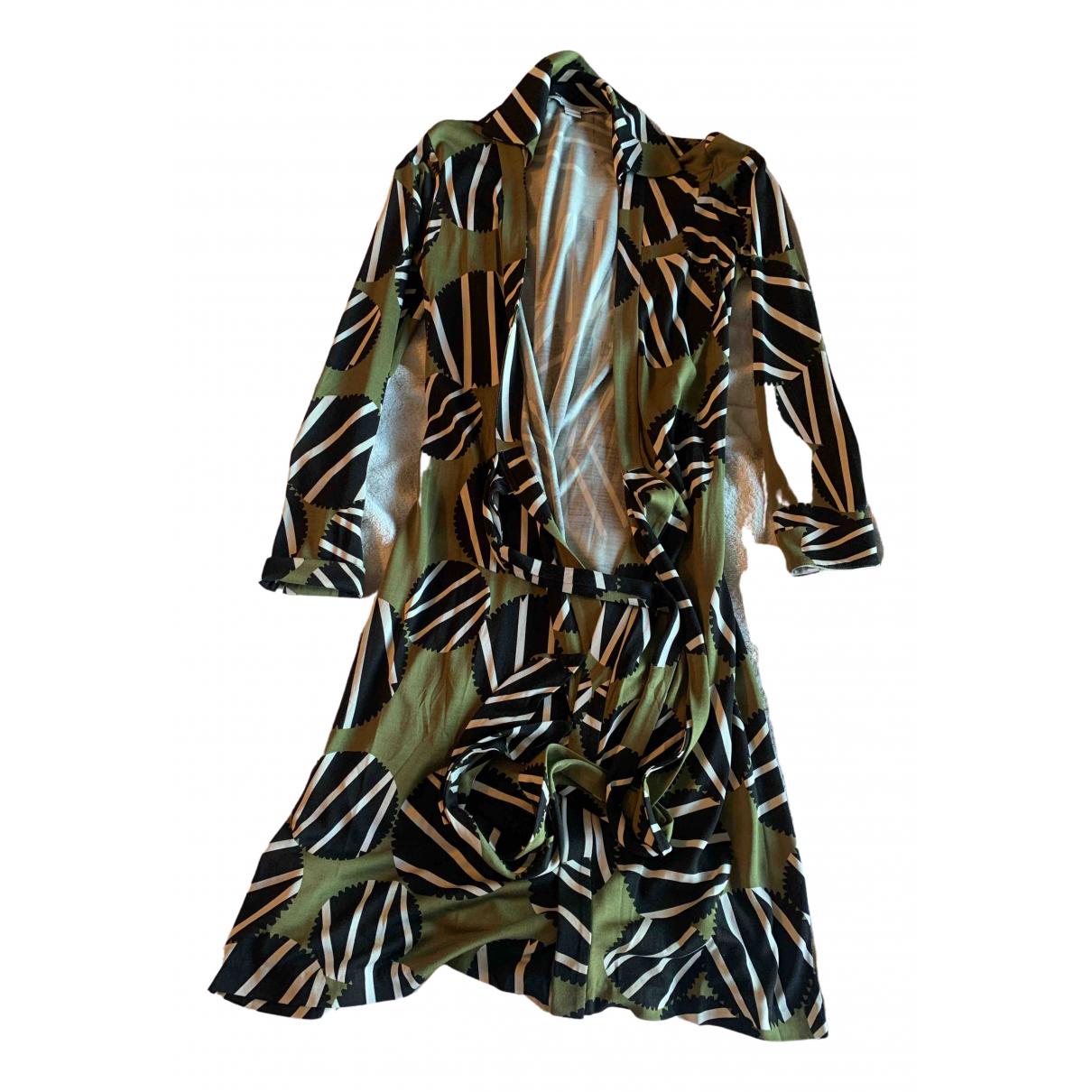 Diane Von Furstenberg \N Kleid in  Khaki Seide