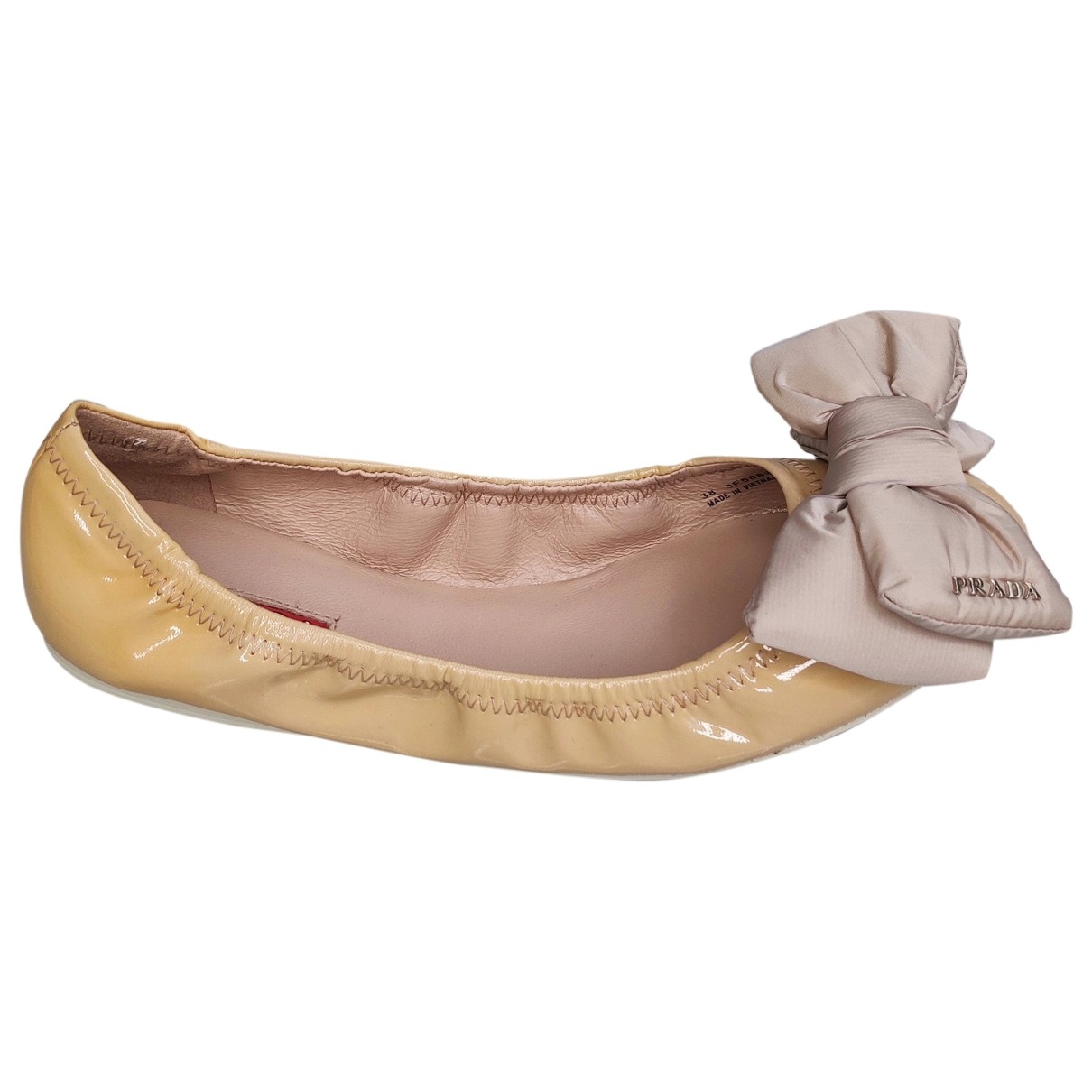 Prada - Ballerines   pour femme en cuir verni - beige