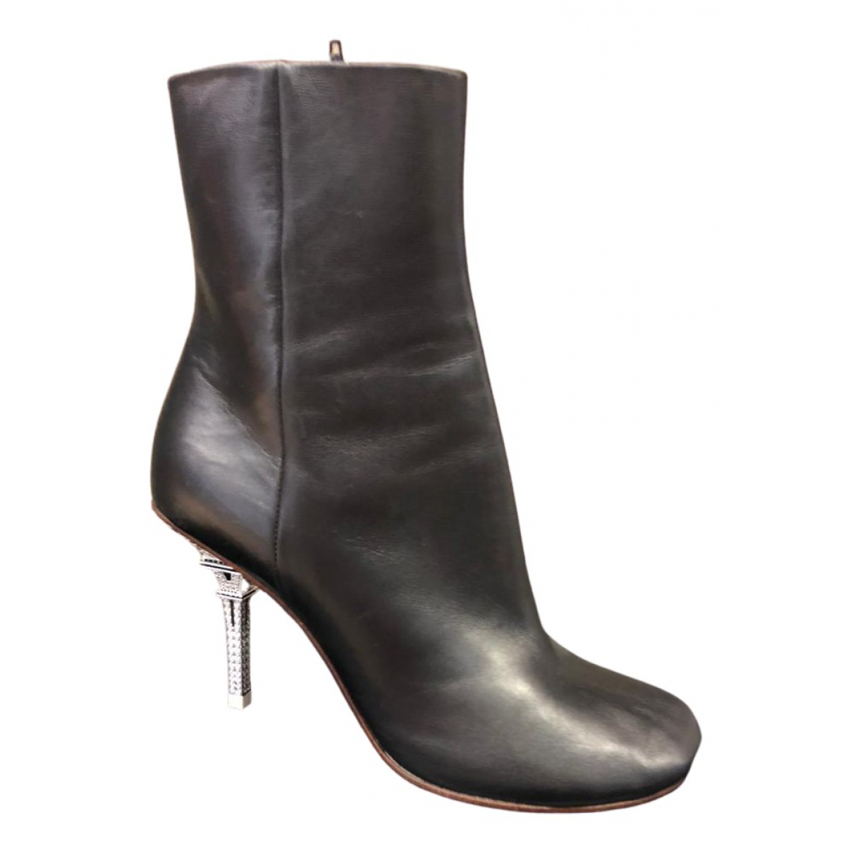 Vetements \N Black Leather Ankle boots for Women 38 IT