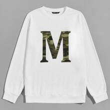 Pullover mit Camo Muster und Buchstaben Grafik