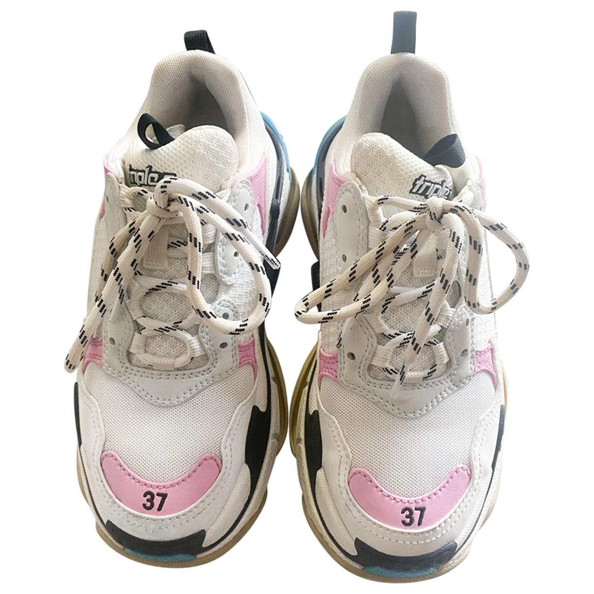 Balenciaga Triple S Sneakers in  Weiss Leinen