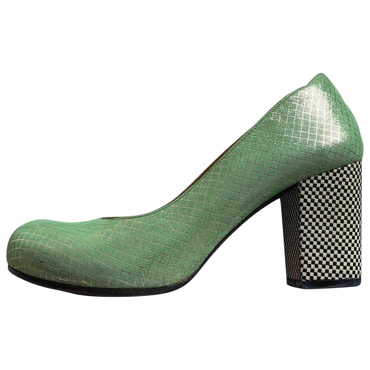 Chie Mihara - Escarpins   pour femme en fourrure - vert