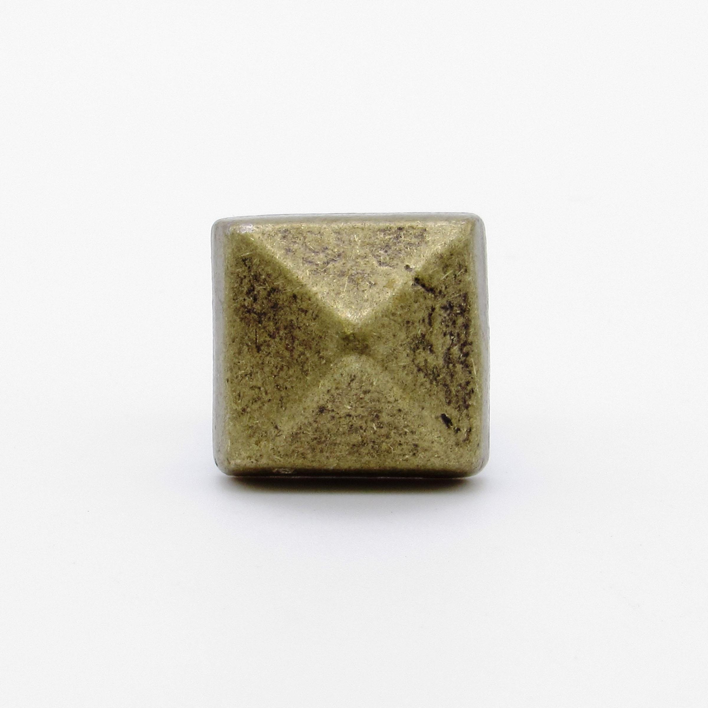 Square 5/8