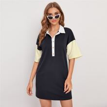 T-Shirt Kleid mit Farbblock, Knopfen vorn und sehr tief angesetzter Schulterpartie