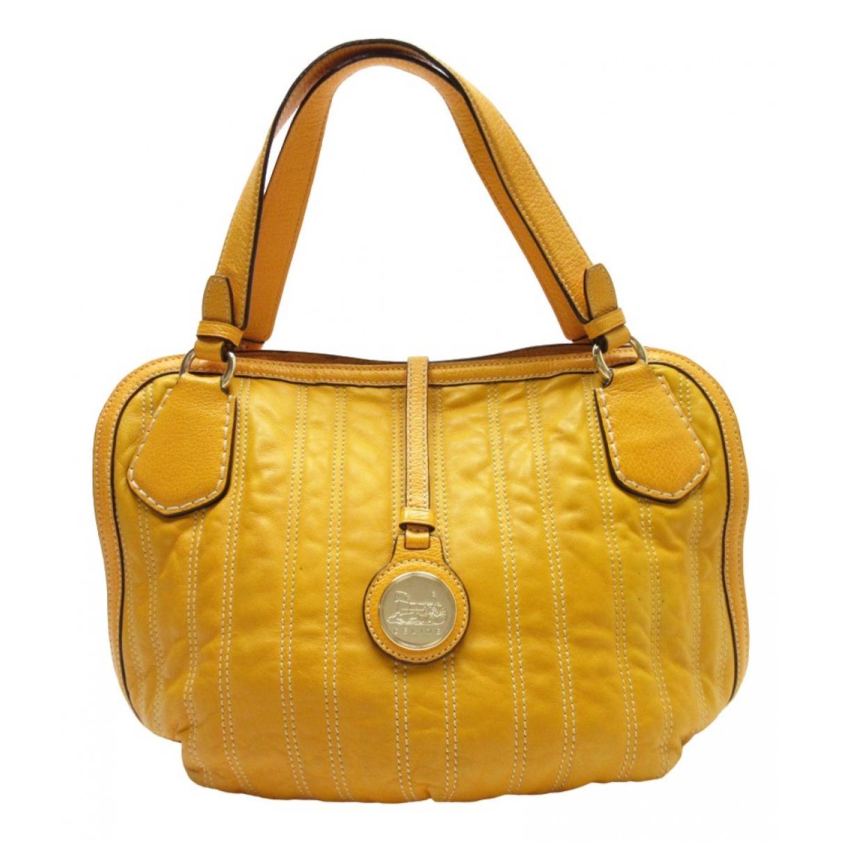 Celine \N Handtasche in  Orange Leder