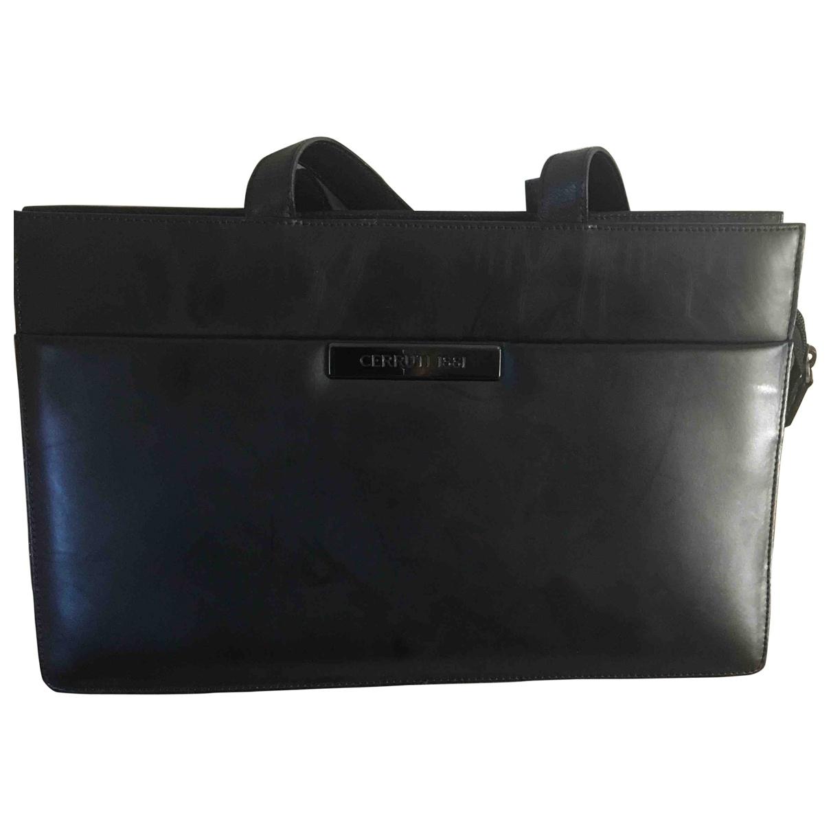 Cerruti \N Handtasche in  Marine Leder