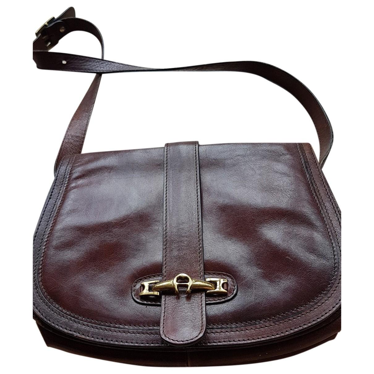 Etienne Aigner \N Handtasche in  Braun Leder