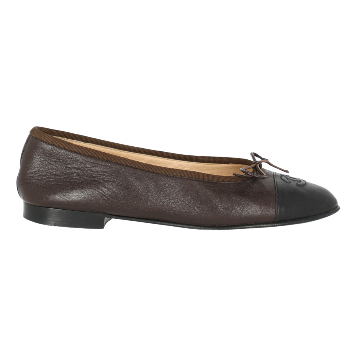 Chanel \N Black Leather Ballet flats for Women 37.5 IT