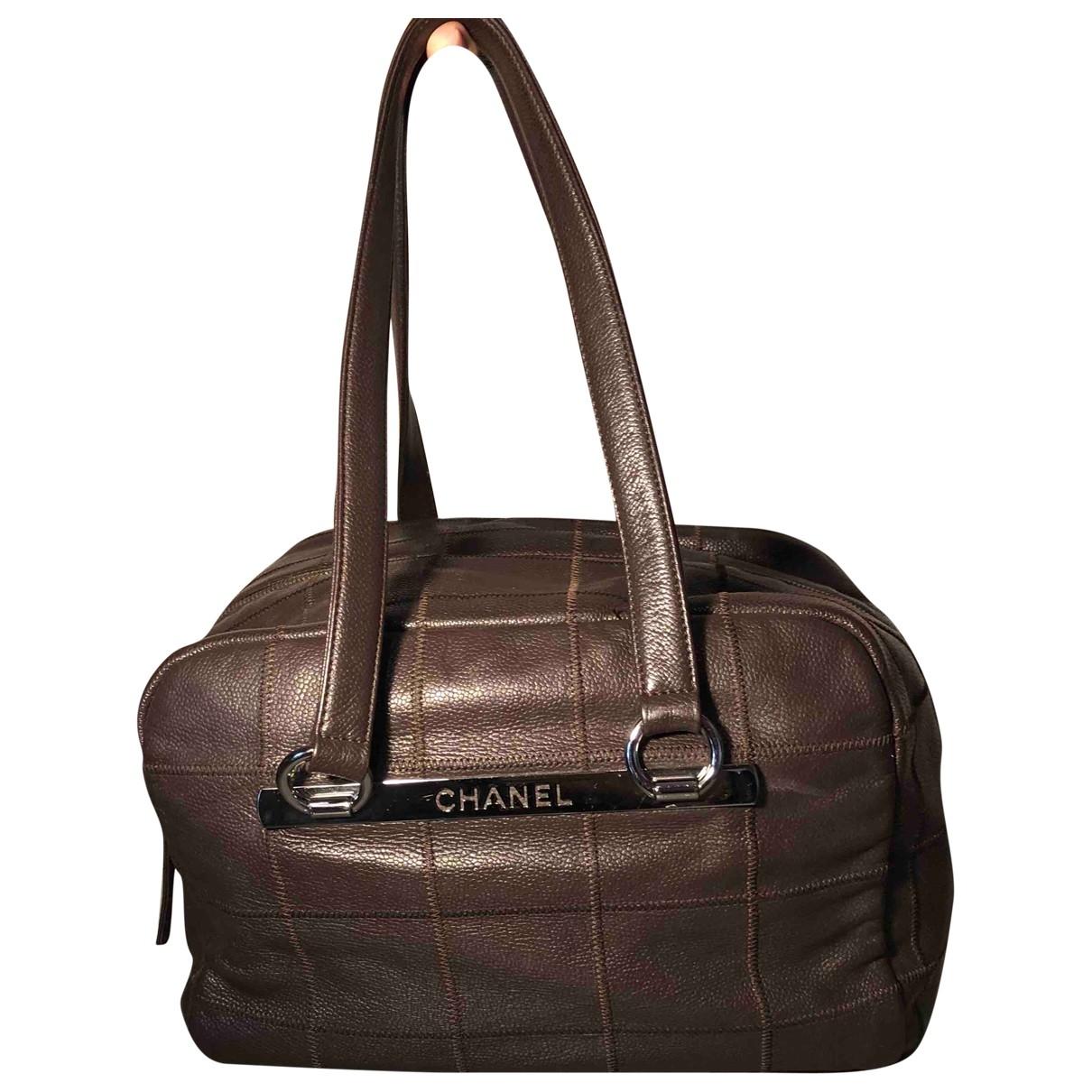 Chanel \N Handtasche in  Braun Leder