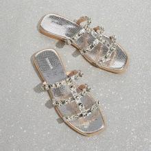 Sandalen mit Strass Dekor und Schlangenleder Grafik